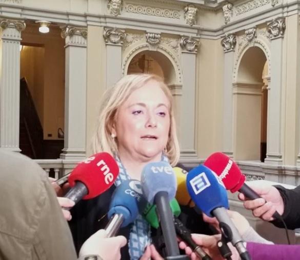 Mercedes Fernández afirma que el PP de Asturias estará «detrás de Casado» como hicieron con Rajoy