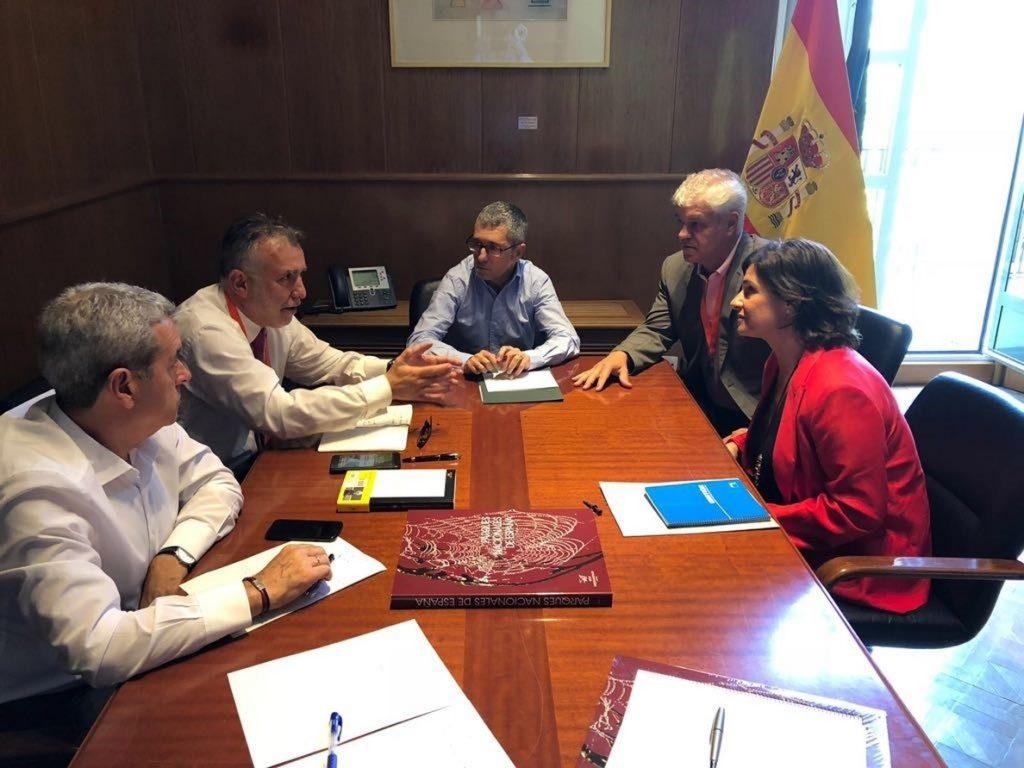 El Estado abrirá un diálogo para que la declaración del Parque Nacional Marino de El Hierro sea consensuada