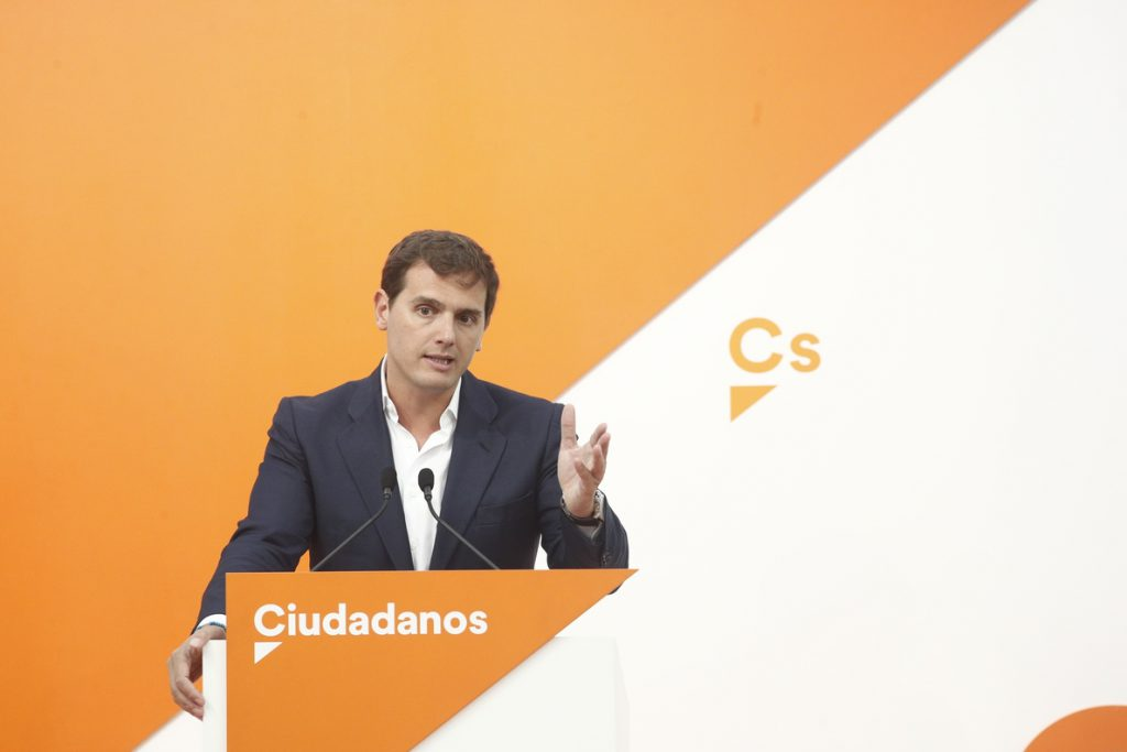 Rivera pide a Casado y al PP que dejen la «obsesión electoral» con Ciudadanos, que no es su «enemigo»