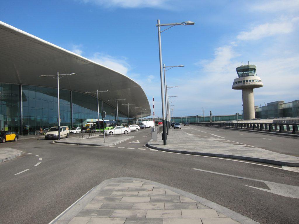 (AMP) Desconvocada la huelga del personal de tierra de Iberia en el Aeropuerto de Barcelona