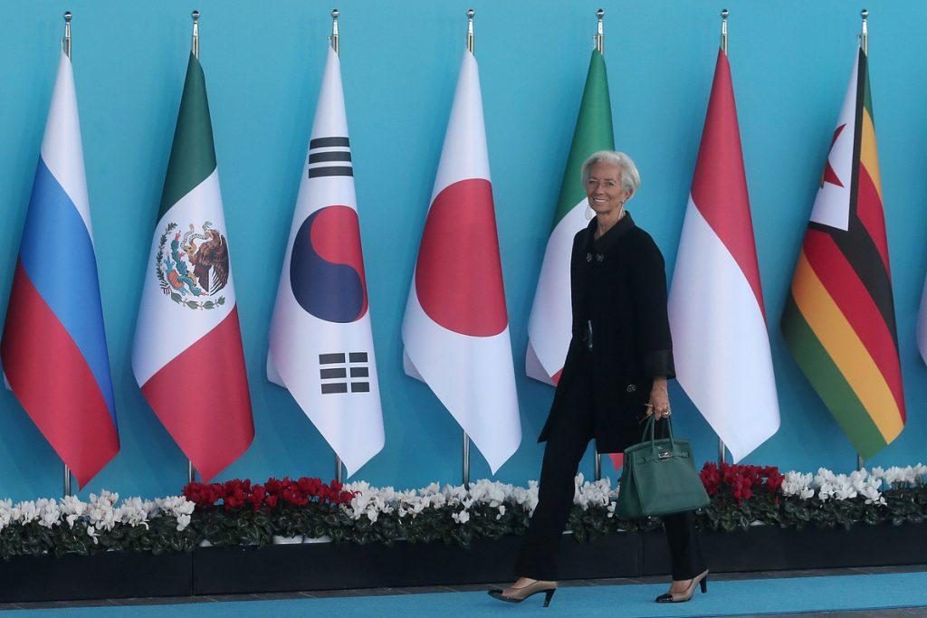 El FMI pide más reformas laborales para España para corregir el déficit público