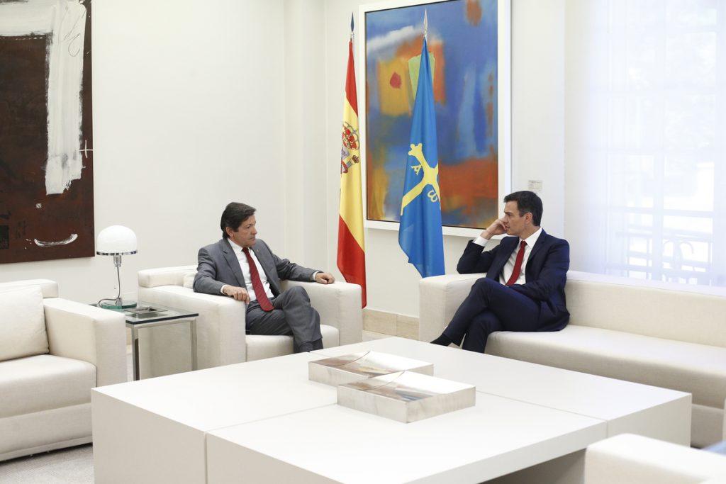 Javier Fernández pide a Pedro Sánchez flexibilizar la reducción del carbón porque España cumple los requisitos de la UE