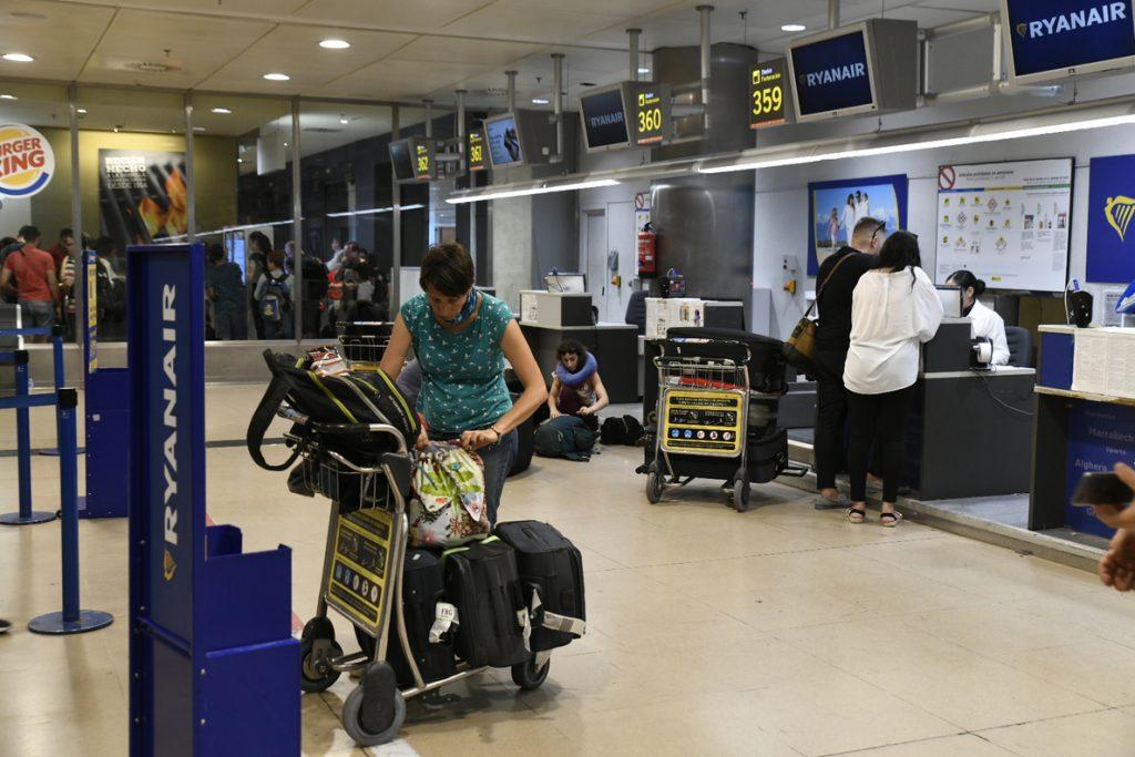 Sindicatos valoran positivamente la huelga de TCP en Ryanair y destacan el «contundente» seguimiento