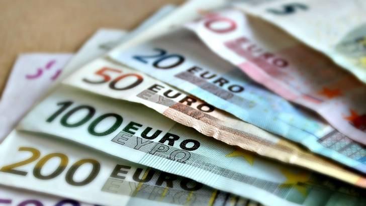 El Banco de España pide ligar la subida salarial a la situación de cada empresa