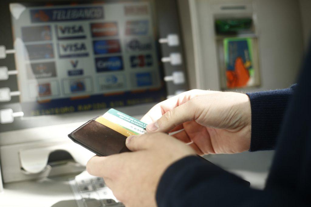 (AMP) La morosidad de la banca desciende en junio al 6,39%, en mínimos desde abril de 2011