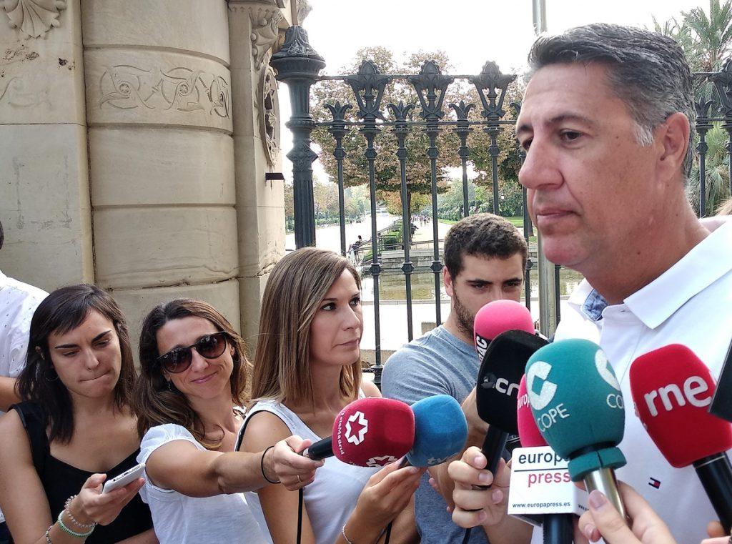 Albiol pide al Gobierno asumir las competencias de Mossos si se demuestra su «utilización política»
