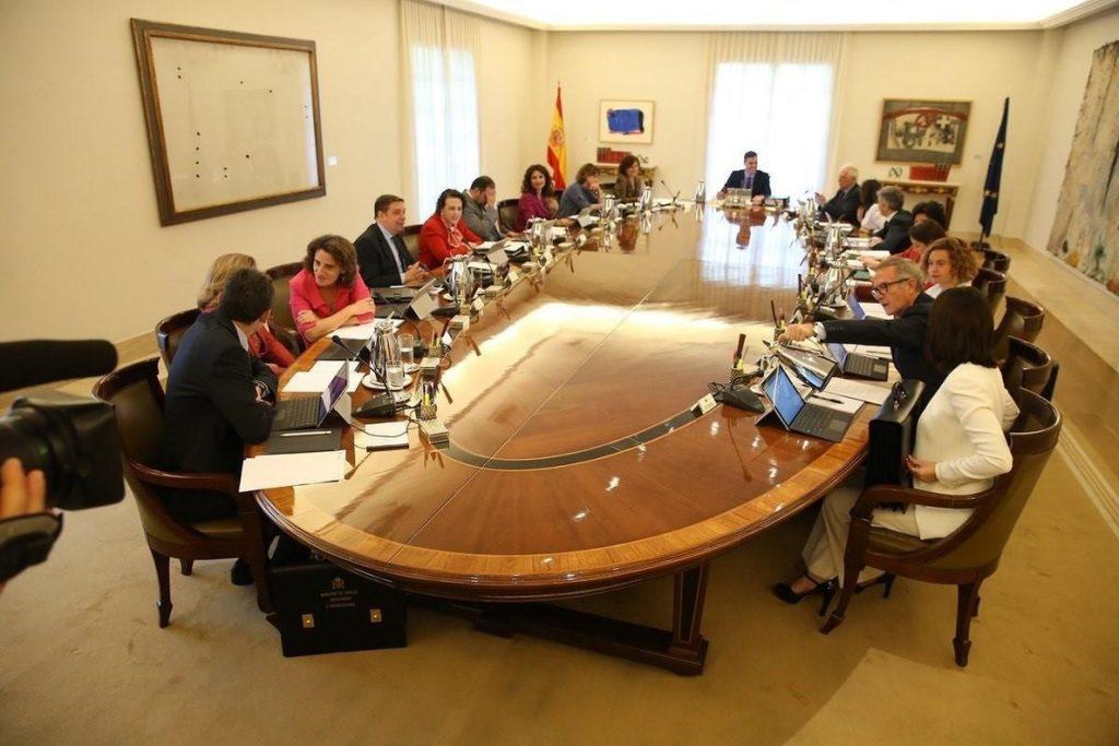 Moncloa responde a Artadi que el Consejo de Ministros de otoño en Barcelona afectará a problemas reales de los catalanes