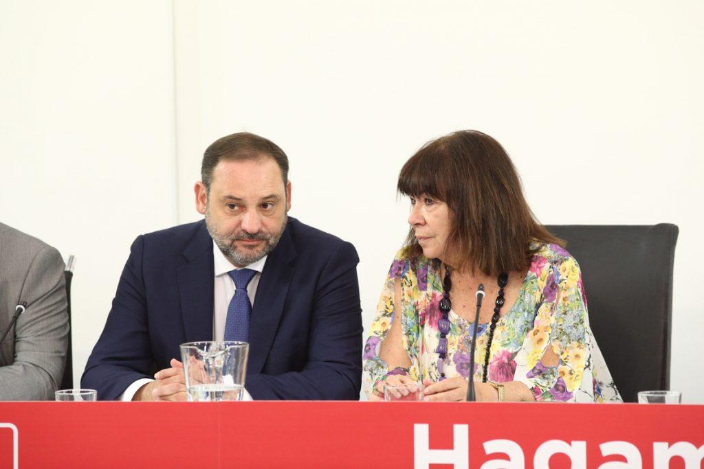 Cristina Narbona avisa de que «no habrá» nuevos Presupuestos «a cambio» de un referéndum pactado en Cataluña