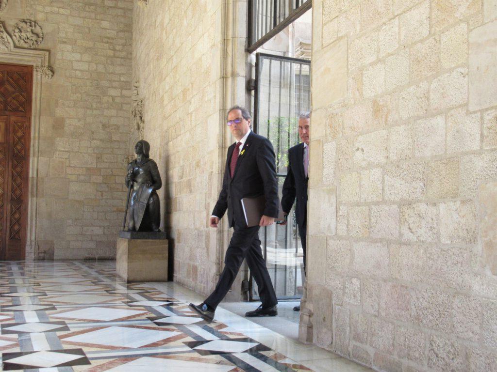 Torra rechaza avanzar elecciones y anuncia un pacto con ERC sobre los diputados suspendidos