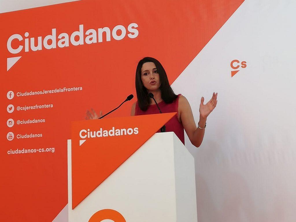 Cs presenta un escrito al Defensor del Pueblo para que «cese» la persecución a catalanes que quitan lazos amarillos