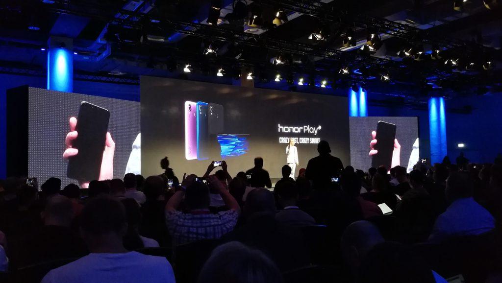 Honor anuncia su nuevo Honor Play para 'gamers' por 329 euros y promete sorpresas con el Magic 2