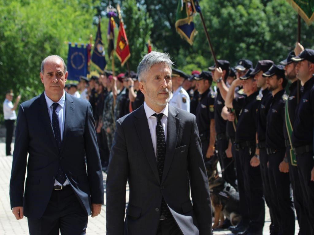 Interior ultima el cese de policías en embajadas que fueron vinculados con polémicas durante la etapa de Fernández Díaz