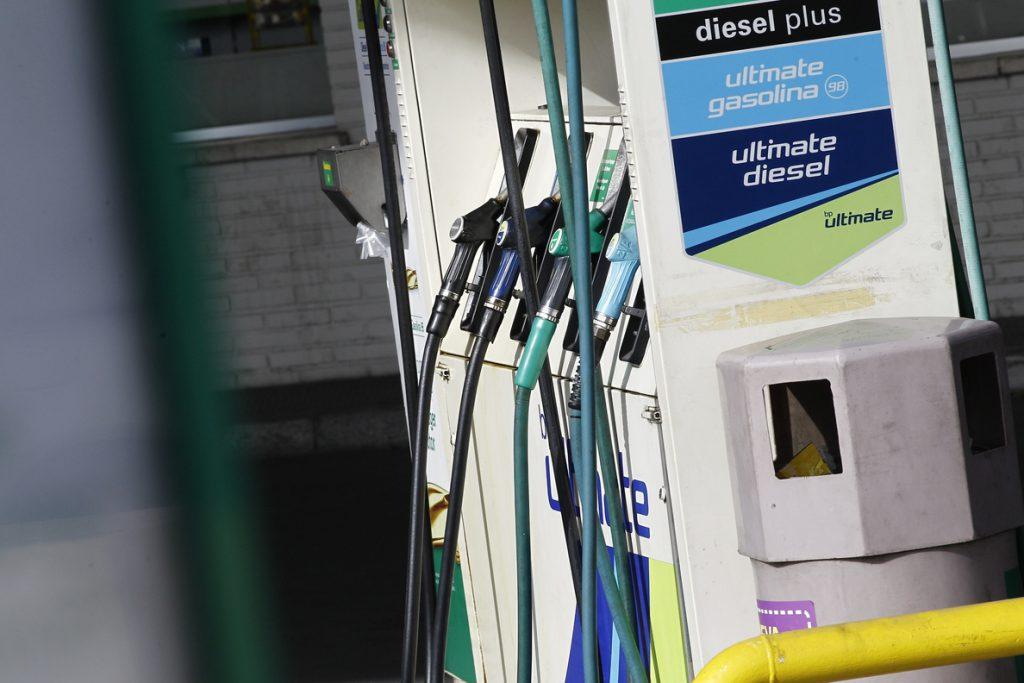 El precio de la gasolina y del gasóleo toca máximos del verano en plena 'operación retorno' de las vacaciones