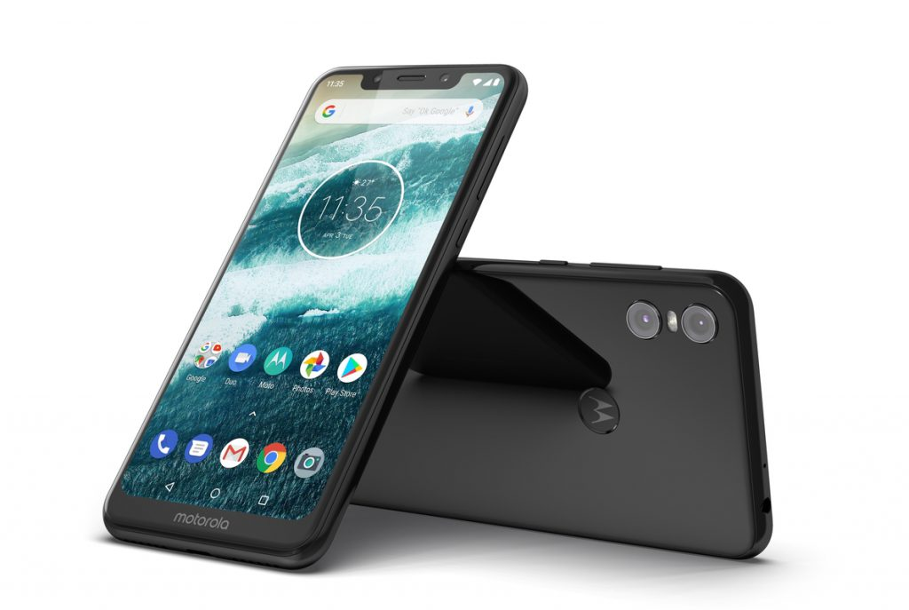Motorola presenta el 'smartphone' Motorola One, con sistema Android One  y un diseño renovado con 'notch'