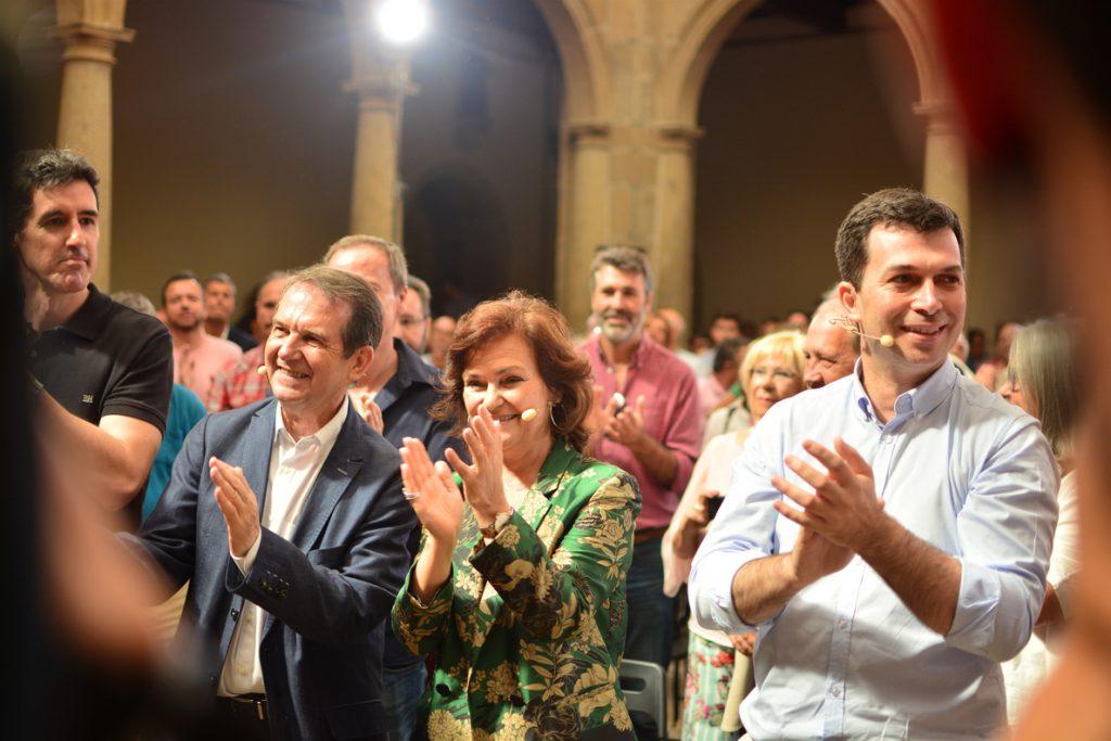 Calvo llama a «arrimar el hombro» por una «España constitucional en la que Cataluña tiene su sitio»