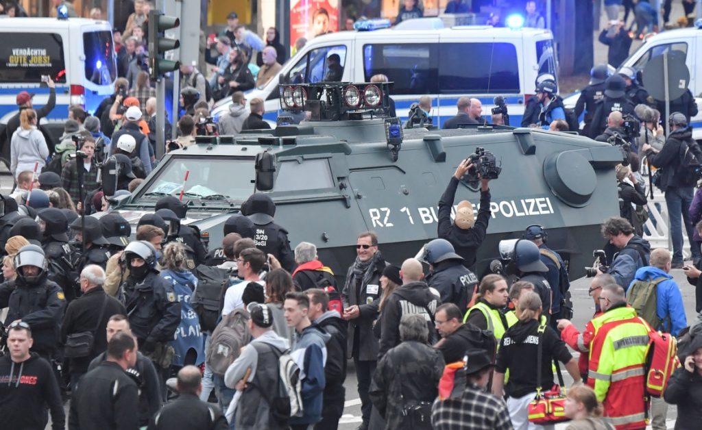 Los convocantes suspenden abruptamente la manifestación ultraderechista en Chemnitz, Alemania