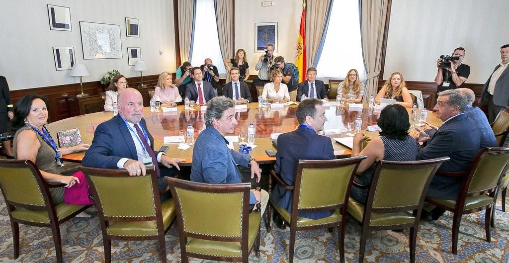 Casado se reunirá en Cataluña con jueces y fiscales «amenazados y coaccionados por los secesionistas»