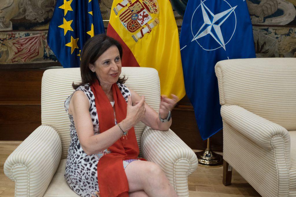 Margarita Robles acusa a Torra de estar en una «dinámica de confrontación» para «tapar su ineficacia»