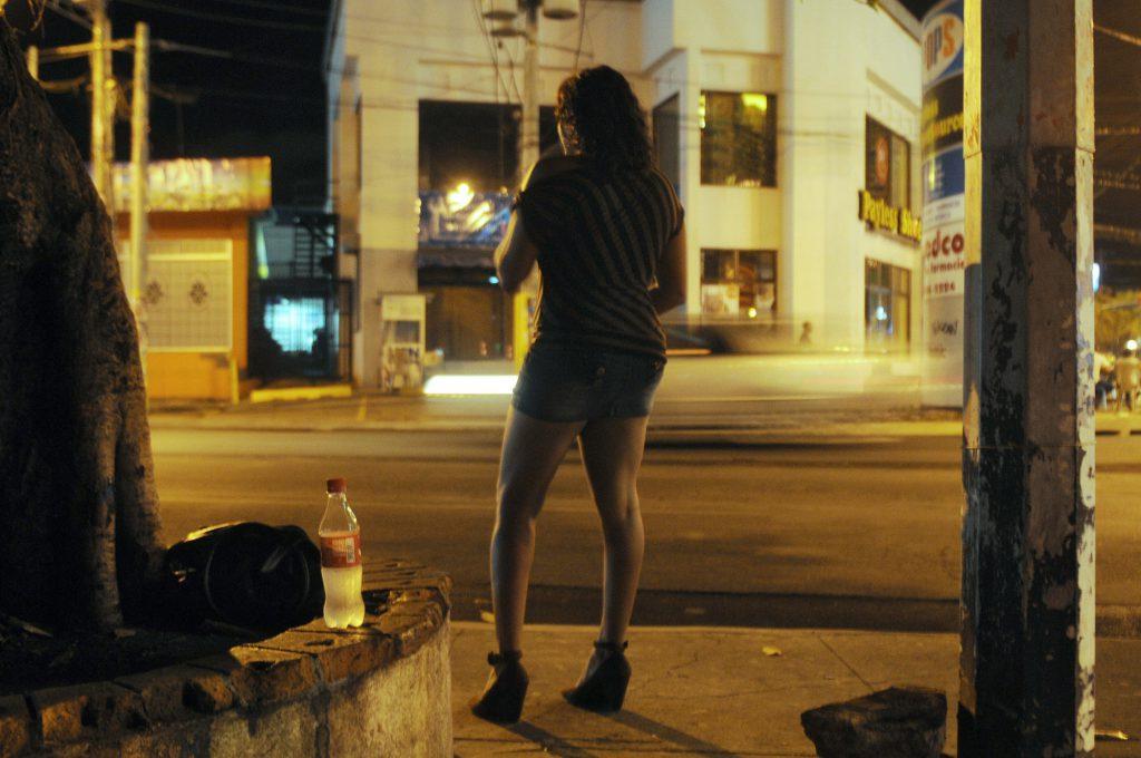 Médicos del Mundo rechaza la regulación de la prostitución que «constituye una forma de violencia de género»