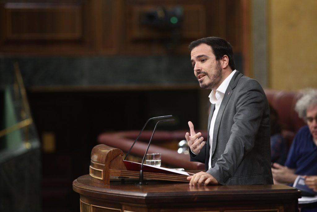 Garzón carga contra el PSOE por rechazar junto a PP y Cs la comisión sobre el Rey Juan Carlos: «Le tiemblan las piernas»