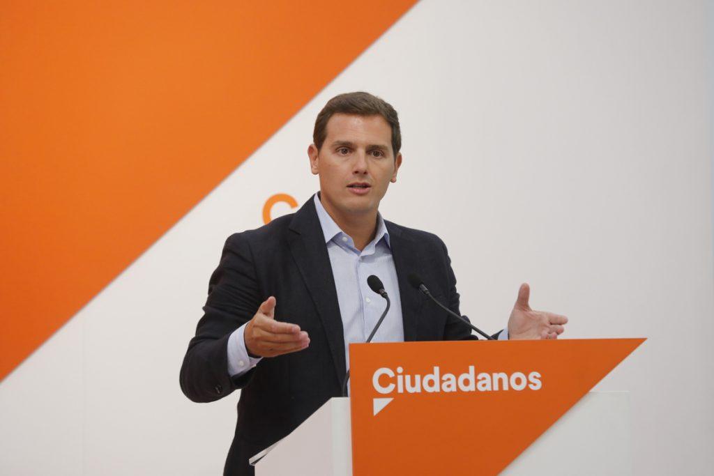 Rivera pide a Sánchez que cumpla su obligación de aplicar el 155 ante la nueva ofensiva de Torra para «liquidar» España