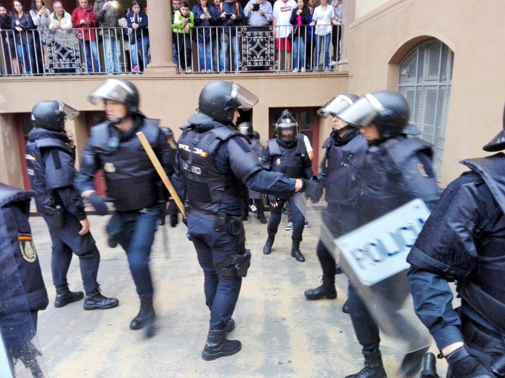 Interior envía un millar de antidisturbios a Cataluña para la Diada