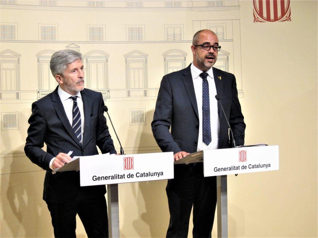 Generalitat y Gobierno pactan garantizar que el espacio público sea «neutral para todos»