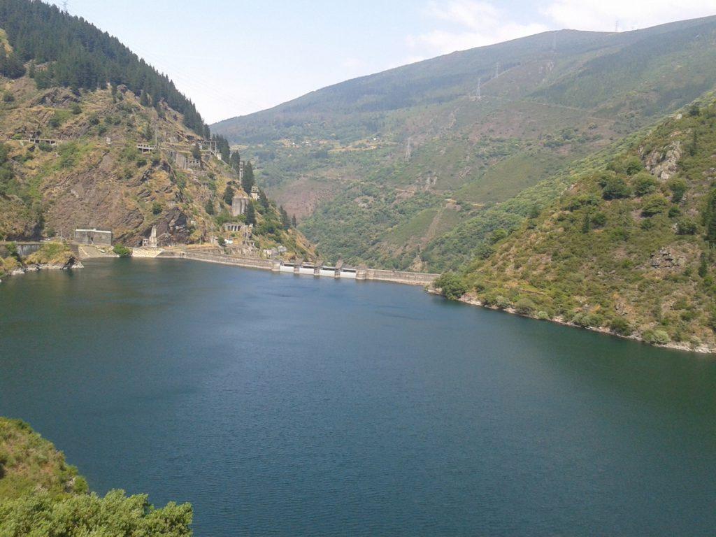 Observatorio de Sostenibilidad urge al Gobierno a rescatar concesiones hidroeléctricas para abaratar la luz