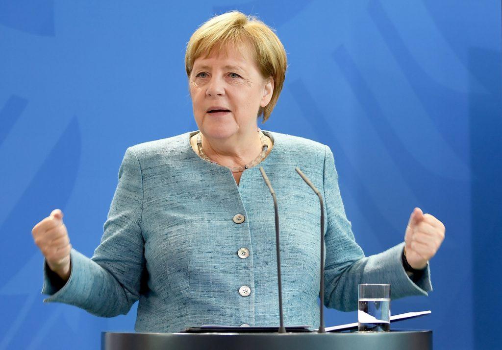 Merkel anima a macedonios a apoyar el acuerdo con Grecia para cambiar su nombre a Macedonia del Norte