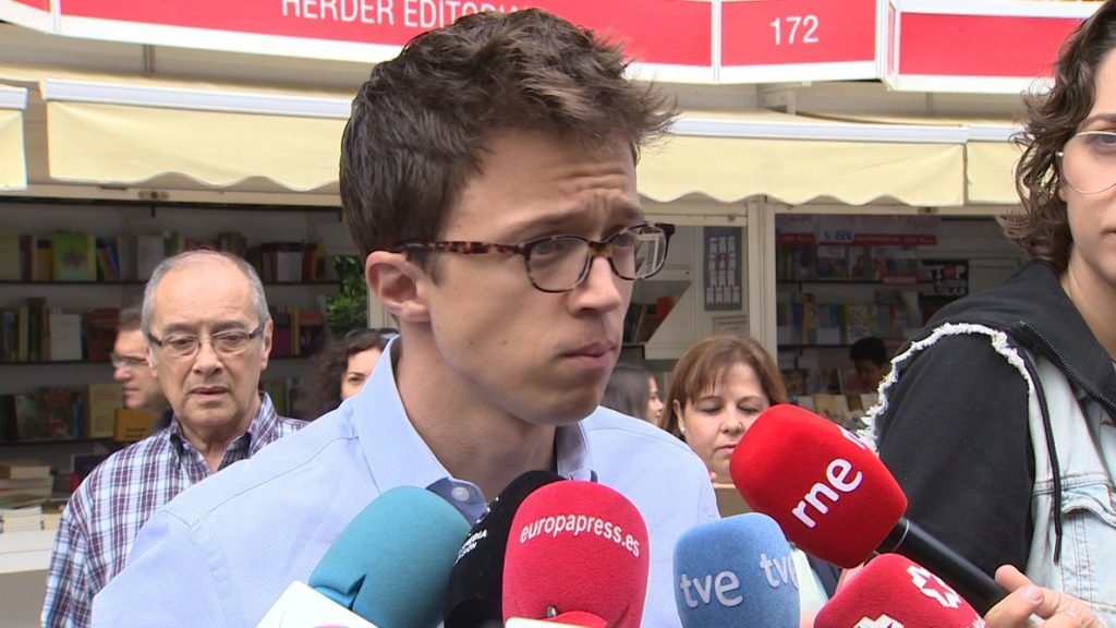 Errejón tilda de «excelente noticia» que Carmena revalide la candidatura «del cambio político y de la transparencia»