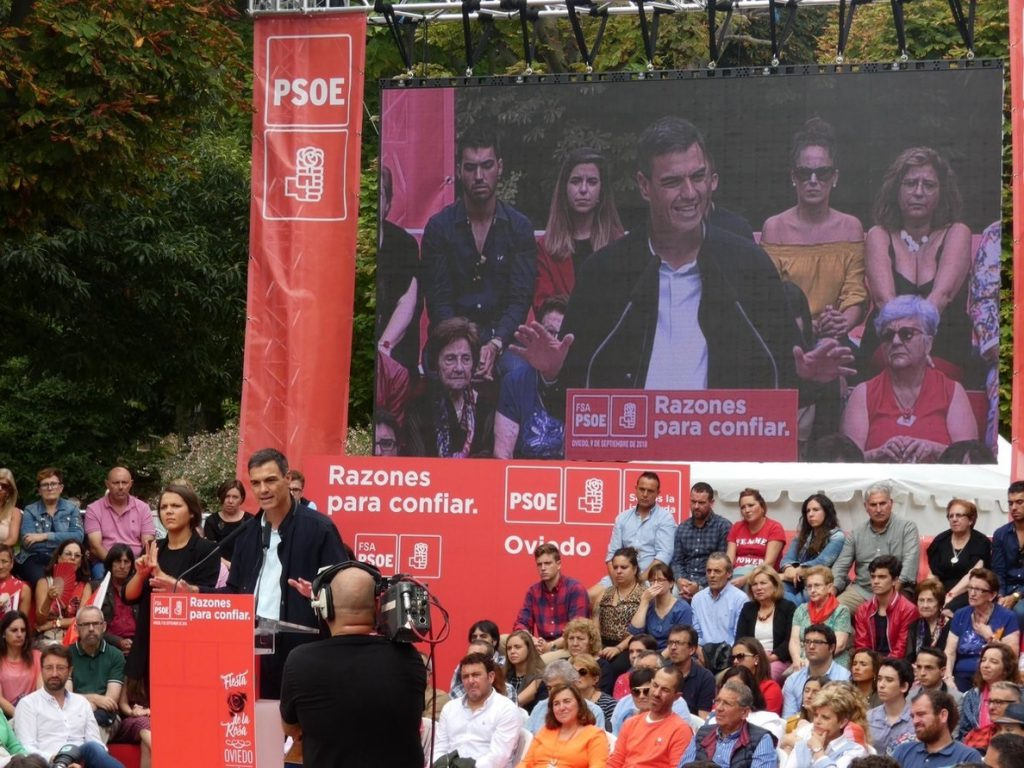 Sánchez se compromete a que Hunosa estará «a la vanguardia» de una transición energética «justa y dialogada»