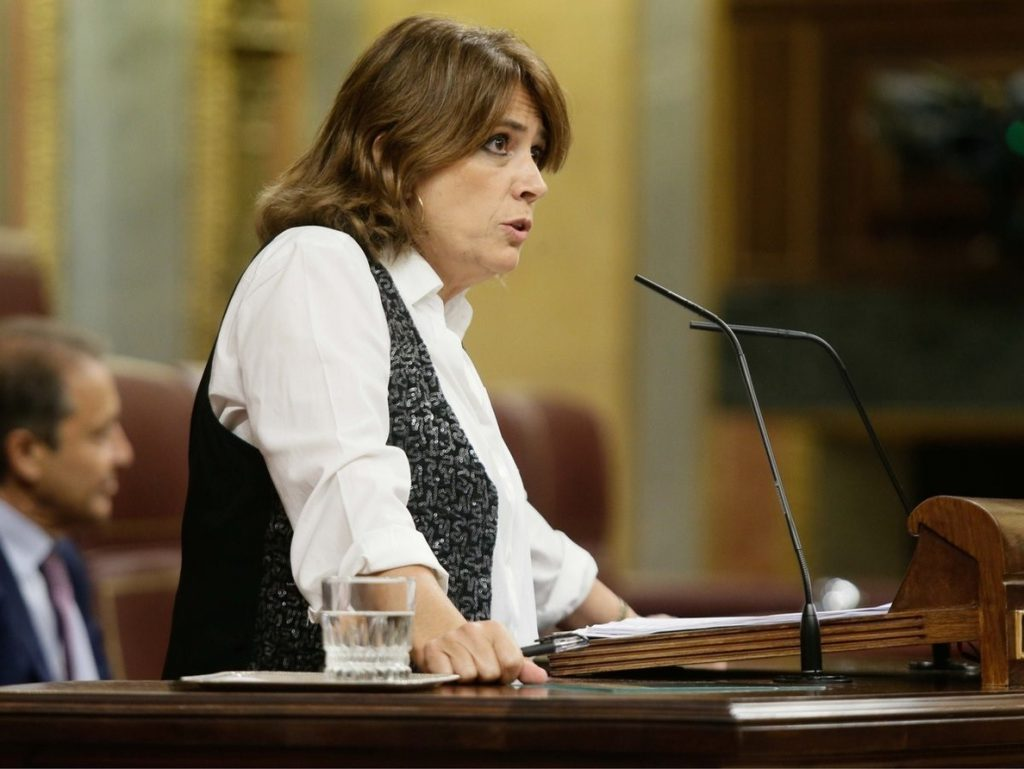 Delgado comparece mañana en el Congreso para aclarar la posición del Gobierno en la defensa de Llarena en Bélgica