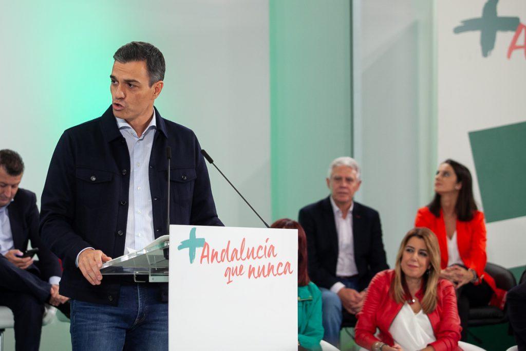 Sánchez acusa a PP y Ciudadanos de «alimentar a la ultraderecha» al «abrazar la radicalidad»