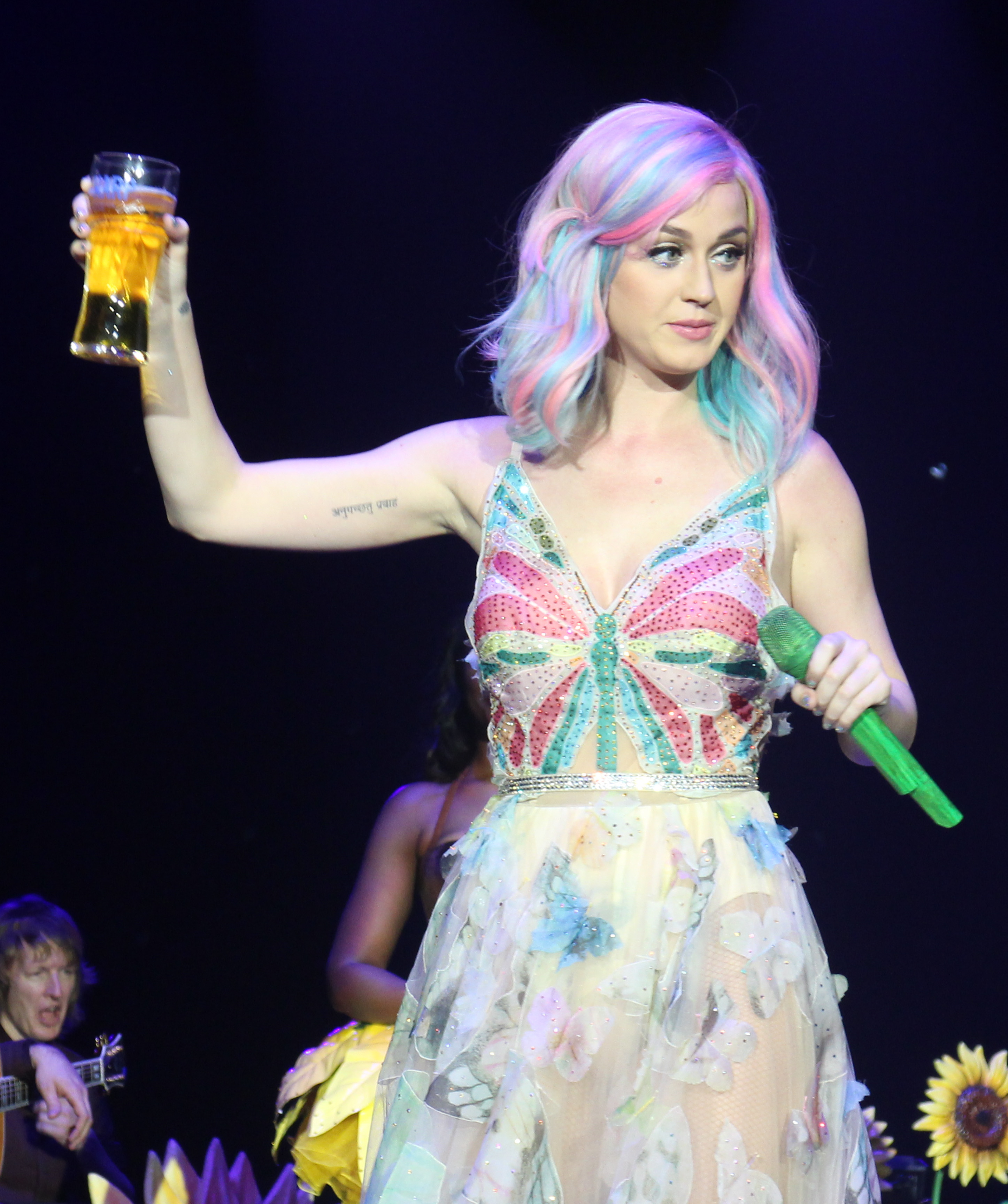 Katy Perry celebra su 34 cumpleaños