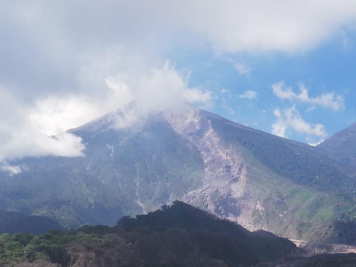 Una resolución prohíbe temporalmente la navegación en las zonas próximas a la erupción volcánica en La Palma