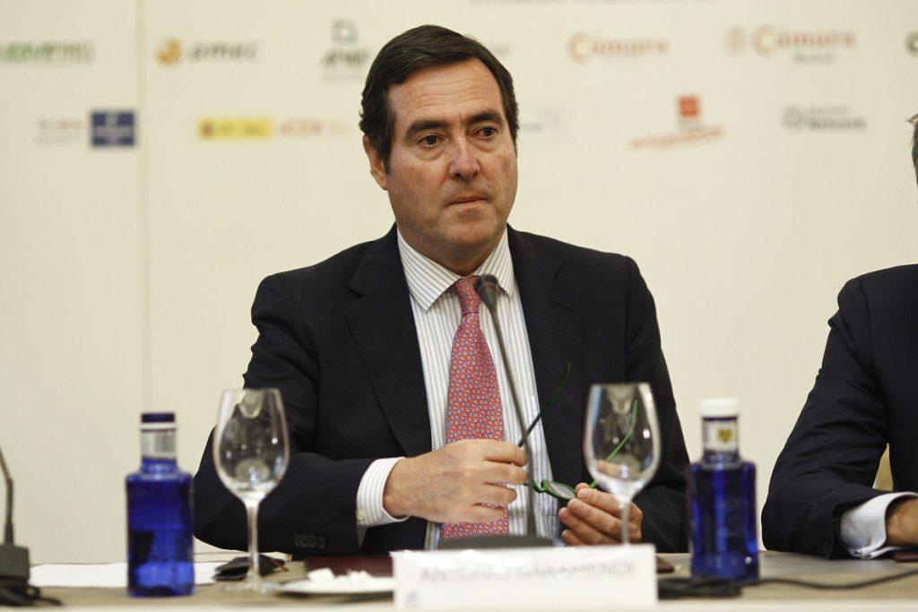 (AMP) Garamendi será elegido mañana nuevo presidente de la CEOE en sustitución de Juan Rosell