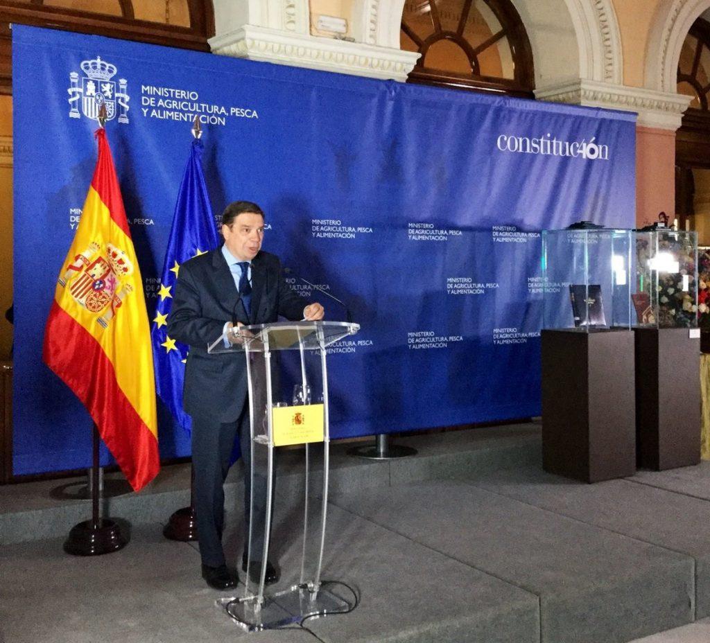 Planas subraya el valor pedagógico de las campañas publicitarias para promover productos españoles