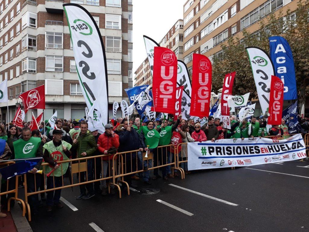 Arranca en Valladolid la XXX Cumbre entre España y Portugal en medio de una sonora protesta de funcionarios de prisiones