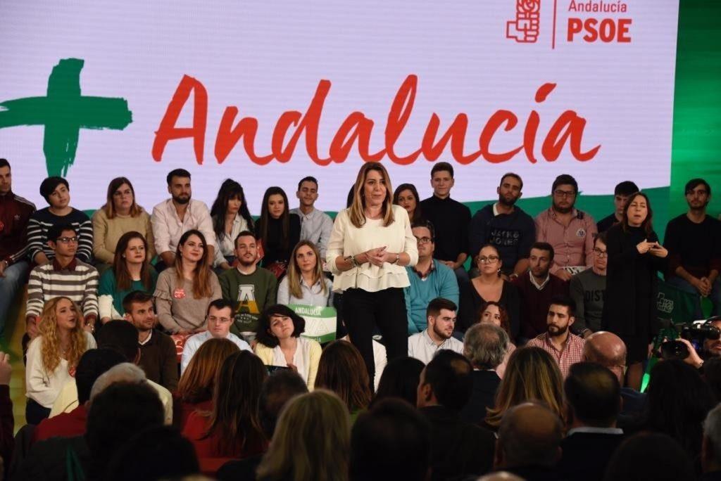 Susana Díaz expresa su apoyo a Borrell y dice que el «odio» no tiene sitio en la democracia: «Ya está bien de crispar»