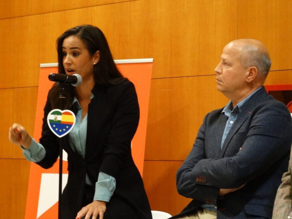 Villacís asegura que el PSOE «es el voto de la resignación» y Cs «la esperanza de cambio» en Andalucía