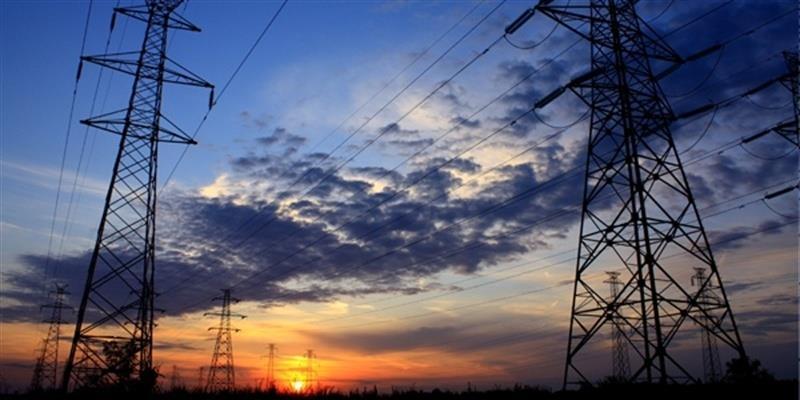 El consumo eléctrico de grandes y medianas empresas cae un 1,5% en octubre