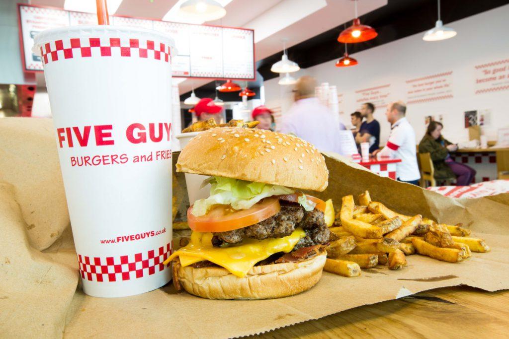 Five Guys crece en España con la apertura de un nuevo restaurante en Xanadú (Madrid)