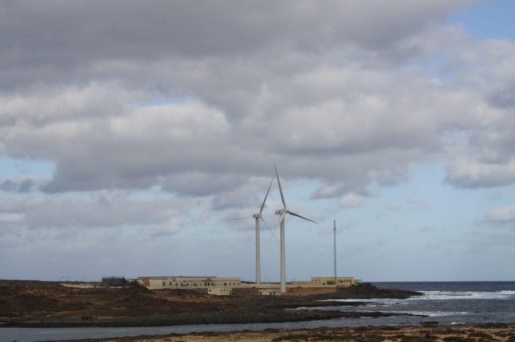 El Gobierno se compromete a firmar la semana que viene el convenio de infraestructuras hidráulicas con Canarias
