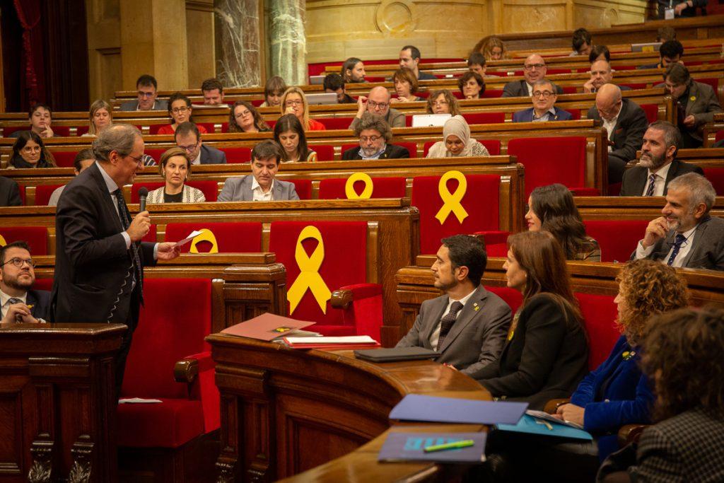 Siguen las llamadas al orden en el pleno del Parlament pese al pacto de los grupos de no descalificar