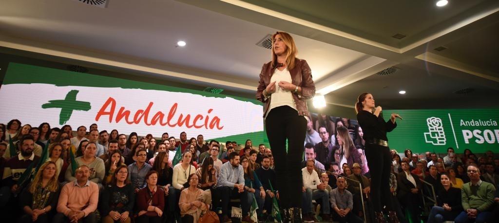 Díaz augura que ella y Sánchez ganarán «bien» las elecciones y avisa de que a los socialistas «nunca nos callarán»