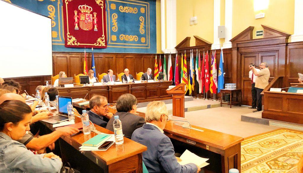 El Gobierno nombra a Enrique Roca presidente del Consejo Escolar del Estado