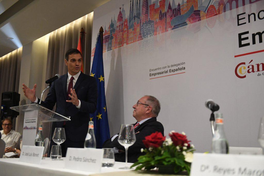 Sánchez ofrece a los empresarios españoles en Cuba apoyo y financiación