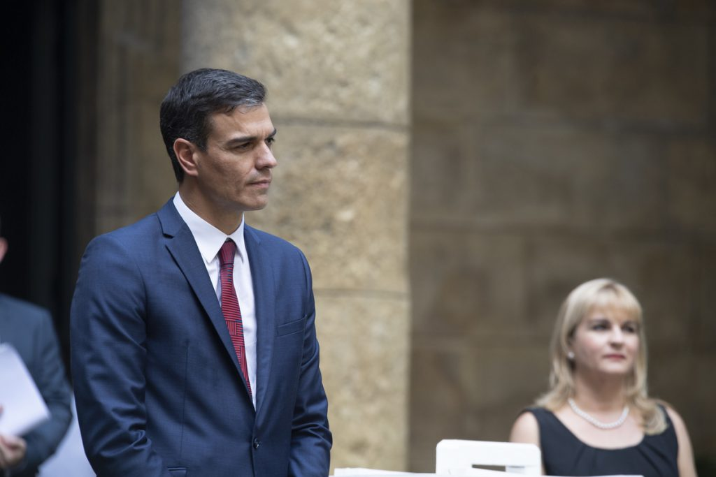 Sánchez mantiene su veto sobre el Brexit y dice que si no hay acuerdo no habrá cumbre el domingo