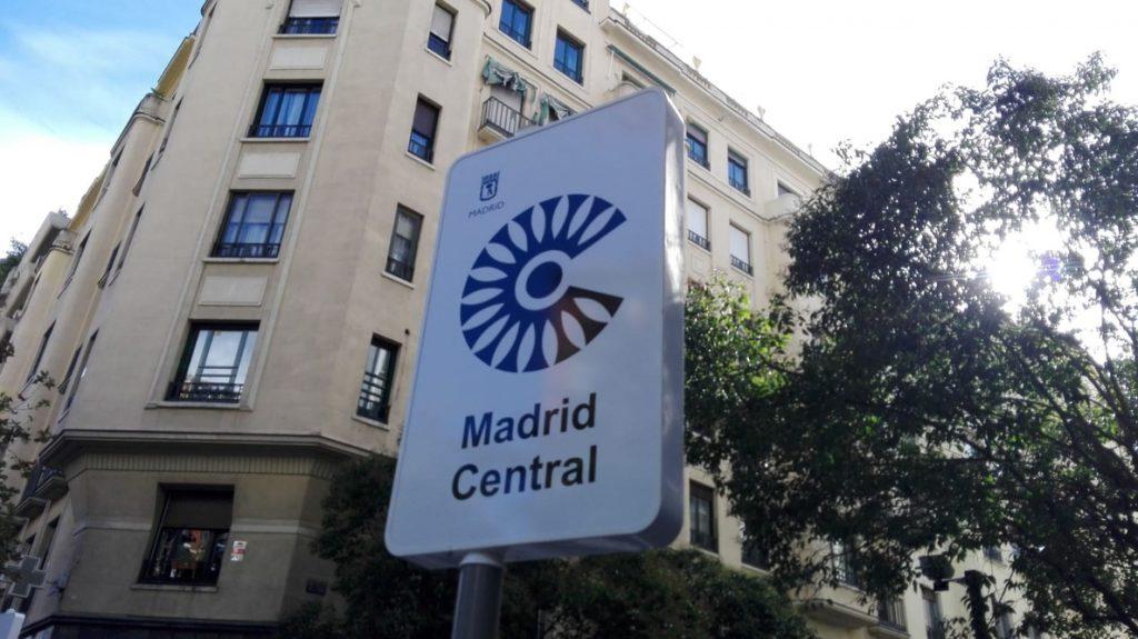 Carmena dice que el arranque de Madrid Central es «inevitable» y que empezarán a sancionar en febrero