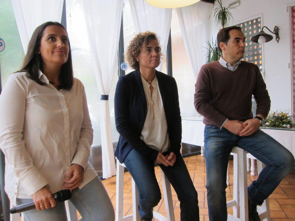 Dolors Montserrat afirma que, al margen de las encuestas, el PP es el «único voto útil» y ganará las andaluzas